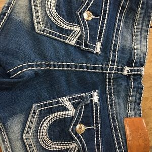 Women's size 29 True Religion denim shorts